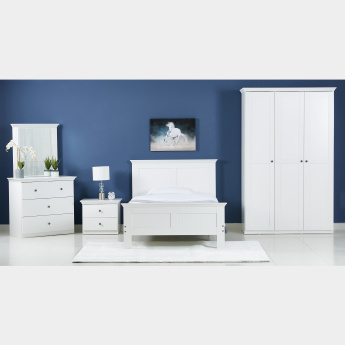 Country 4-Drawer Young Dresser