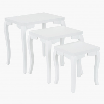 Queen Anne Nest Of 3 Tables- White
