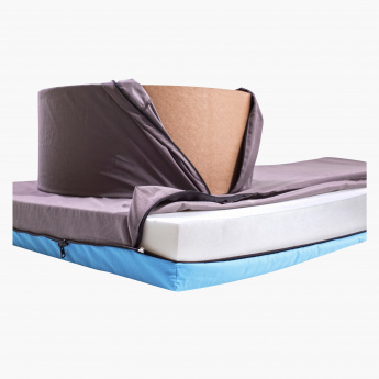 Peq Sit and Sleep Bed - 210x90 cms