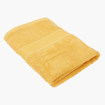Essential Textured Bath Towel - 70x140 cms
