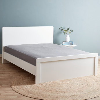 Essential Super King Fitted Sheet - 200x200 cms