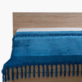 Lavish Textured Throw with Tassels - 180x130 cms