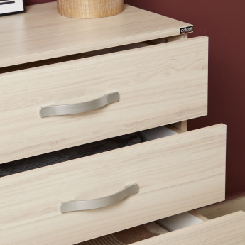 Dynamic Chest of 4-Drawers